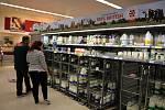 V britských supermarketech by po divokém brexitu mohlo chybět čerstvé ovoce a zelenina.