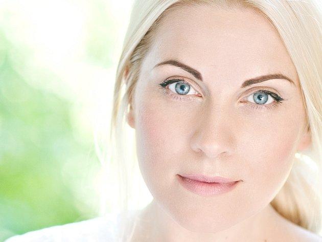 Hvězda londýnského West Endu, Louise Dearman, vystoupí na turné Best Of Broadway.