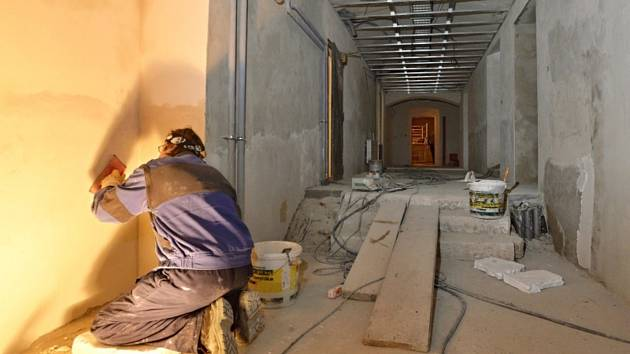 Řemeslník, zedník, rekonstrukce - ilustrační foto
