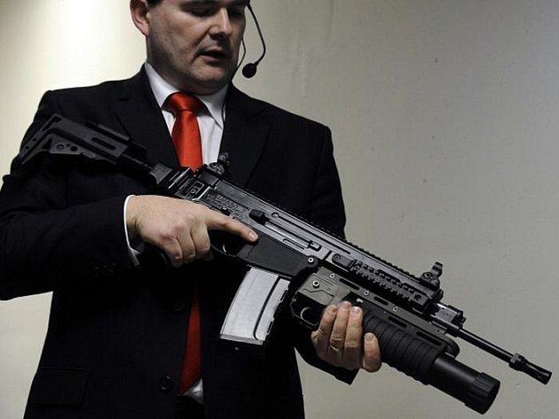 Útočná puška ČZ 805