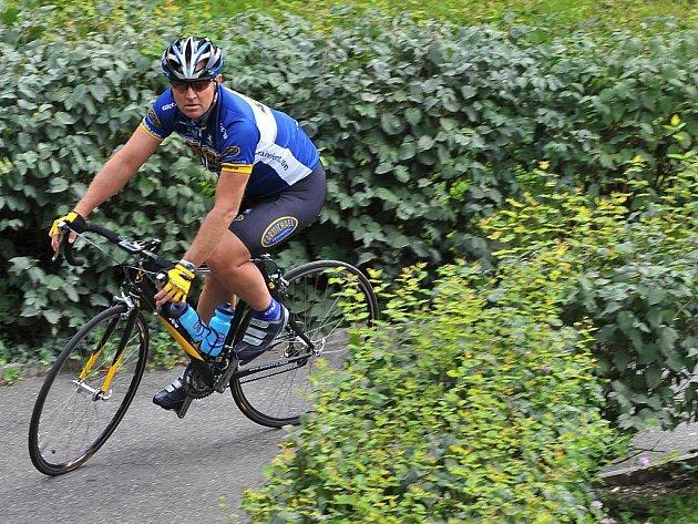 Trenér Lance Armstronga cyklista Chris Carmichael