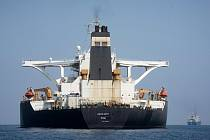 Íránský ropný tanker Grace 1 v Gibraltaru po přejmenování na Adrian Darya 1