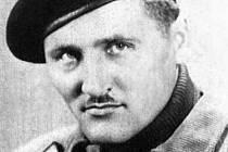 Josef Otisk na snímku z anglického výcviku