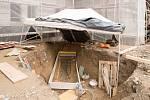 Vykopání keltského hrobu v roce 2017