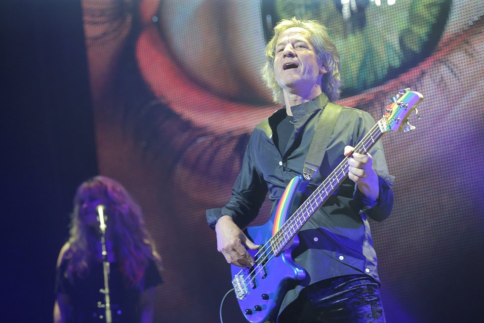 Ritchie Blackmore's Rainbow v O2 areně v Praze.