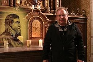 Libor Marek při natáčení dokumentu o exekuci na Staroměstském náměstí.