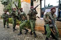 Boj s teroristy v hotelu v keňském hlavním městě Nairobi