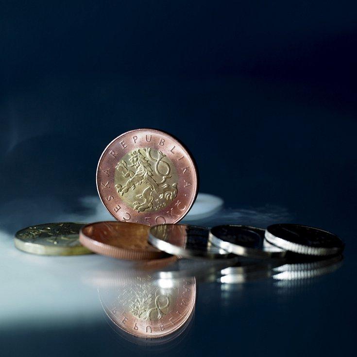 Mince mohou být vzácné tím, že byly raženy vmenším množství.