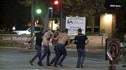 Střelba v kalifornském baru v Thousand Oaks.