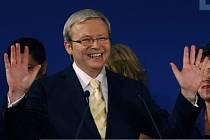 V parlamentních volbách v Austrálii vyhráli labouristé v čele s Kevinem Ruddem.