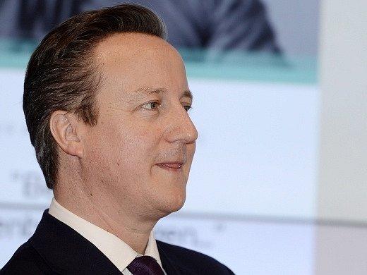 Premiér David Cameron.