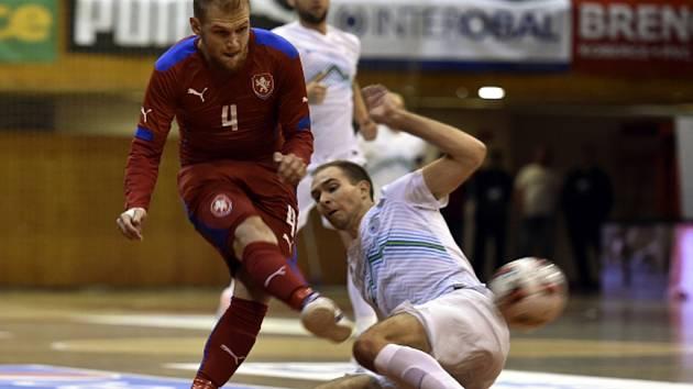 Futsalista Radim Záruba (vlevo).