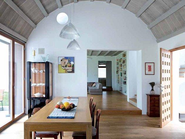 Dům snů: nenápadný zvenku, překvapivý uvnitř.