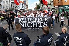 Pochod neonacistů v Berlíně