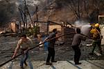 Požár na jihu Kalifornie ohrožuje Malibu.