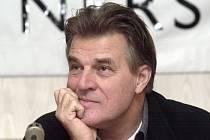 Nizozemský režisér a herec Jeroen Krabbé.