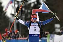 Mistrovství Evropy juniorů v biatlonu 5. února v Novém Městě na Moravě, stíhací závod juniorů. Vítěz Milan Žemlička z ČR po dojezdu do cíle.