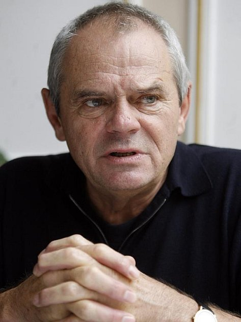 Herec a expremiér Milan Kňažko.