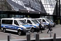 Razie v sídle Deutsche Bank ve Frankfurtu