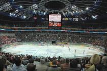 Bývalá Sazka Arena při hokejovém derby Slavie a Sparty.