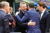 Andrej Babiš, Mateusz Morawiecki a Sebastian Kurz na loňském summitu EU v Bruselu