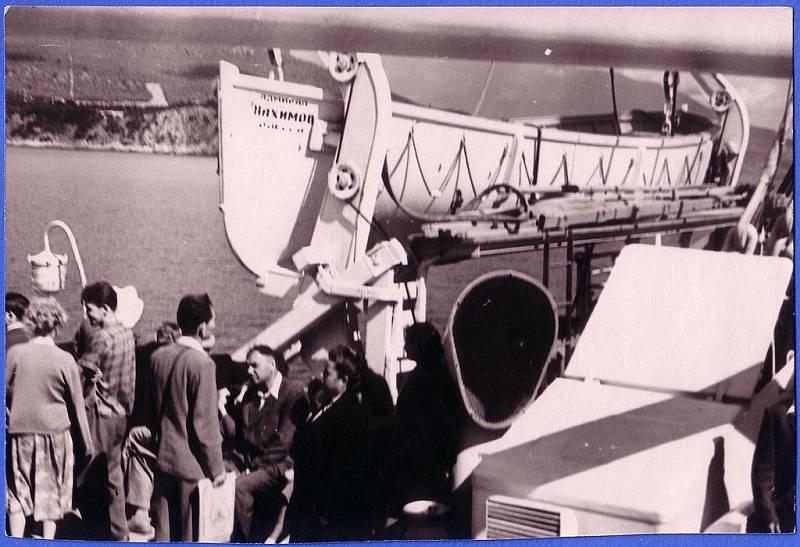 Člunová paluba parníku Admiral Nachimov