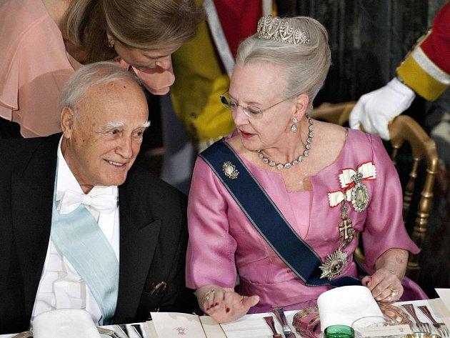 Řecký prezident Karolos Papoulias a dánská královna Margrethe