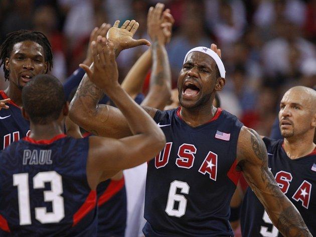 Basketbalisté USA porazili Argentinu a ve finále olympijského turnaje změří síly se Španělskem.
