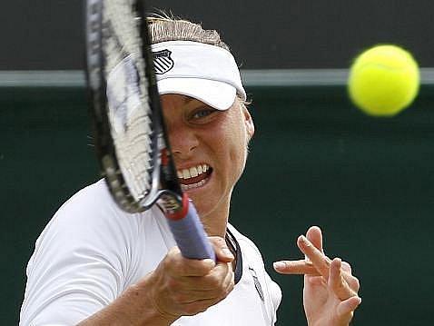 Věra Zvonarevová se s Wimbledonem loučí ve třetím kole.