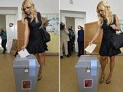 Partnerka předsedy hnutí ANO Andreje Babiše Monika odevzdala 23. května v Praze svůj hlas ve volbách do Evropského parlamentu poprvé bez obálky (vlevo), předseda volební komise vzal chybu na sebe a dovolil Babišové volit ještě jednou (vpravo).