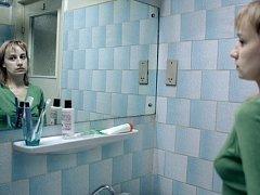 Kamarádka. Otilia (Anamaria Marincaová) ten den udělá pro svou spolubydlící hodně.