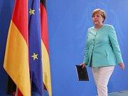 Dnešek je zlomem pro Evropu a proces jejího sjednocování, řekla ve své první reakci na rozhodnutí Británie odejít z Evropské unie německá kancléřka Angela Merkelová.