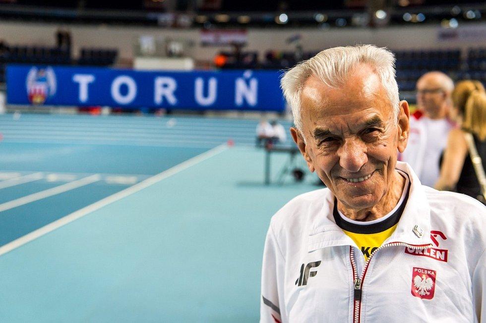 Stanislaw Kowalski začal sbírat sportovní úspěchy až dlouho po svých stých narozeninách.