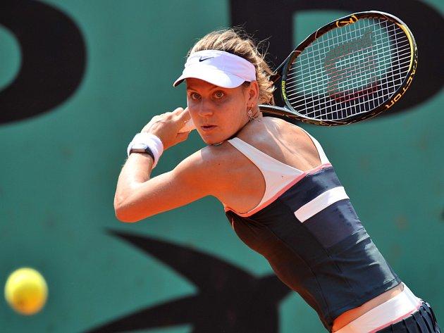 Lucie Šafářová na Roland Garros v duelu se Sabine Lisickou.