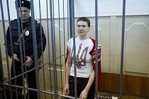 Ukrajinský prezident Petro Porošenko dnes potvrdil, že na summitu v Minsku požadoval i osvobození důstojnice ukrajinského letectva Nadi Savčenkové.