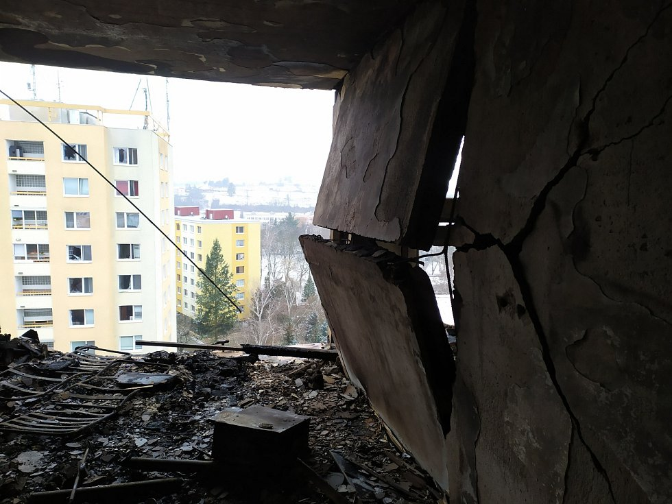 Zdemolovaný panelák v Prešově. Snímky zachycují interiéry domu tři dny po výbuchu plynu.