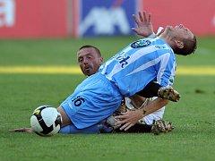 Další z blikanců Tomáše Řepky. Stoper Sparty nesmyslně sestřelil v zápase s Mladou Boleslaví Pecku a měl být vyloučen.