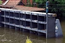 Povodňová vrata na pražské Čertovce