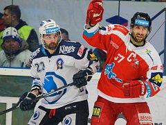 Tomáš Svoboda z Plzně (vlevo) a Martin Vyrůbalík z Olomouce.