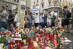 Protest barcelonských muslimů na Las Ramblas proti terorismu po útoku, při kterém zahynulo v Barceloně 13 lidí, převážně turistů.
