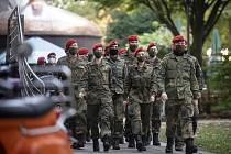 Němečtí vojáci v rouškách v Dortmundu, 20. října 2020