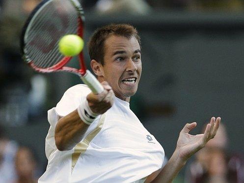 Lukáš Rosol ve Wimbledonu šokoval, když vyřadil Rafaela Nadala.