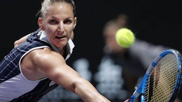 Česká tenistka Karolína Plíšková v semifinále Turnaje mistryň v Šen-čenu.
