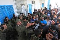 Situace v Tunisku se po několikadenních sociálních nepokojích dnes zklidnila.