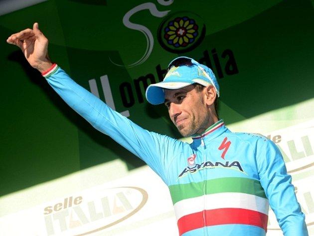 Vincenzo Nibali zvítězil v závodu Kolem Lombardie.