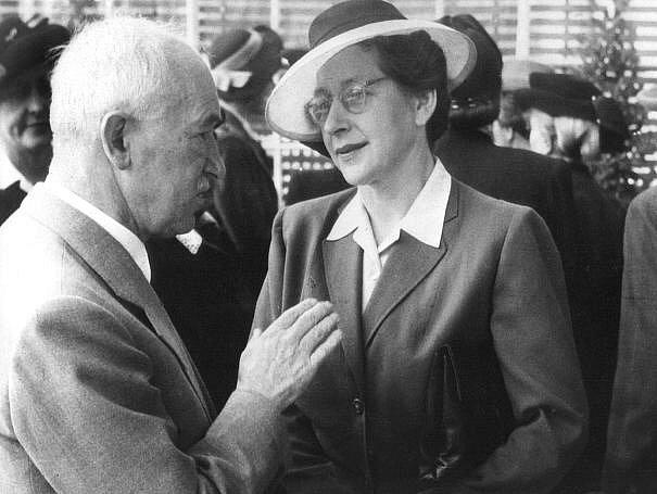 Milada Horáková s prezidentem Benešem na snímku z roku 1947.