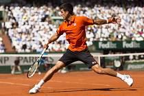 Novak Djokovič v ostře sledovaném čtvrtfinále French Open proti Rafaelu Nadalovi.