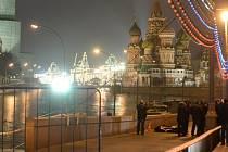 Bývalý ruský vicepremiér zemřel poté, co na něj střílel útočník z projíždějícího auta.