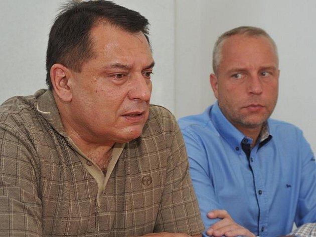 Jiří Paroubek a Petr Benda.