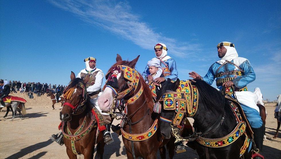Na Mezinárodní saharský festival v Douz přijeli například účastníci z Alžírska, Libye, Jordánska nebo Egypta.